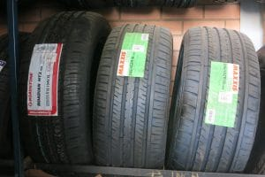 Passenger Tyres tube type and Tubeless
